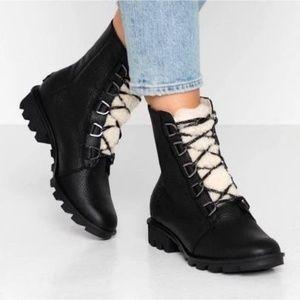 NWT Sorel Phoenix Short Lace Boots Black size 8